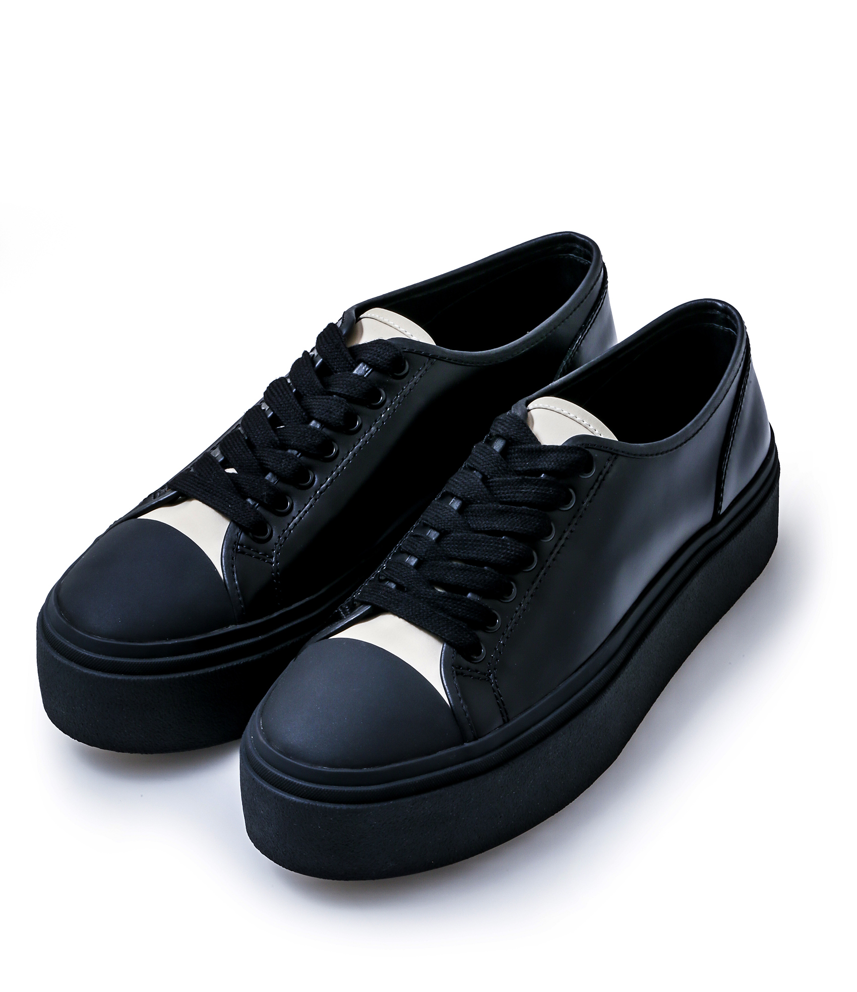 LEATHER SNEAKERS / BLACK×BAIGE